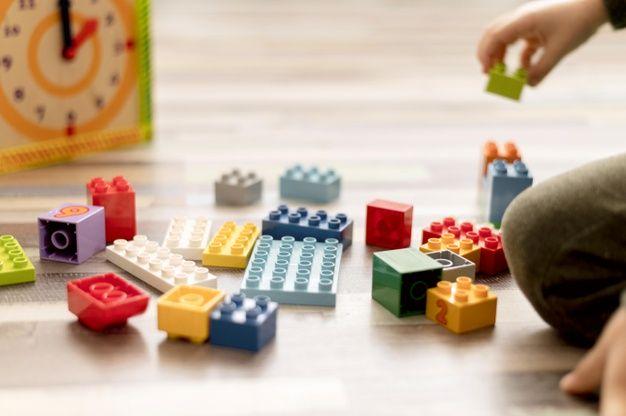 Zabawki edukacyjne, które rozwijają mózg